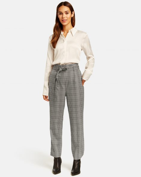 check-trousers-with-a-paperbag-waistband-01